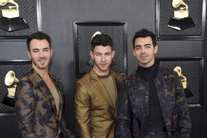 Kevin Jonas, Nick Jonas a Joe Jonas zo skupiny Jonas Brothers