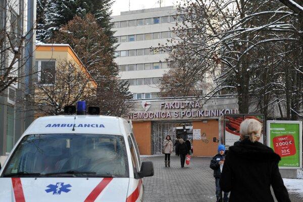 Fakultná nemocnica s poliklinikou v Žiline, kde sa obaja muži prihlásili.