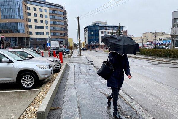 Búrka v Trenčíne.