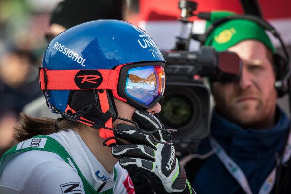 Slovenská lyžiarka Petra Vlhová po 2. kole slalomu žien Svetového pohára v slovinskej Kranjskej Gore.