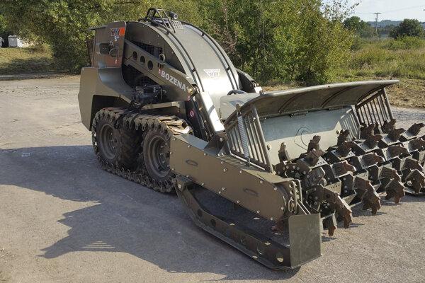 Celkom 193 kusov svetoznámej odmínovacej techniky Božena vyrobili od roku 1993 doteraz v závode WAY Industries Krupina.