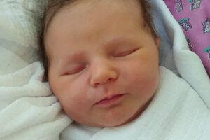 Ema Šurinová (3500 g, 49 cm) sa narodila 4. januára rodičom Alžbete a Štefanovi z Oravského Veselého ako prvé bábätko.