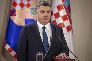 Bývalý chorvátsky premiér Zoran Milanovič skladá prezidentský sľub počas inaugurácie v Záhrebe 18. februára 2020.