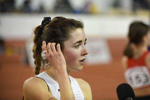 Líza Hazuchová po skončení behu na 3000 m žien.