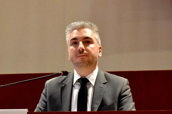 Župan Rastislav Trnka na pondelkovom rokovaní.