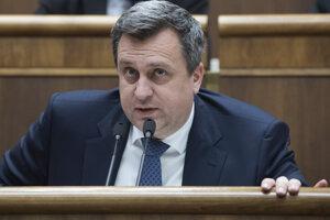 Andrej Danko (SNS) počas mimoriadnej 58. schôdze parlamentu SR 25. februára 2020 v Bratislave.