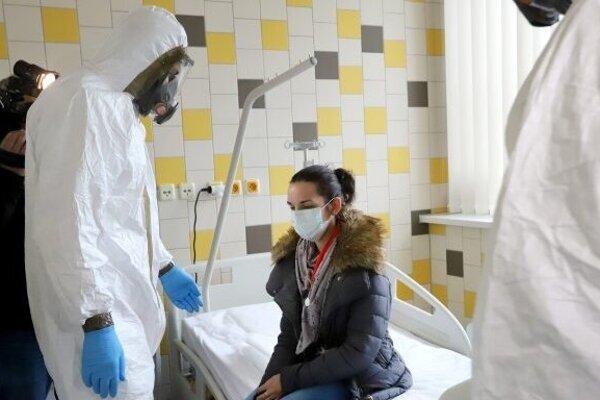 Ilustračný obrázok z preventívneho cvičenia v súvislosti s koronavírusom
