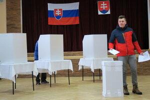 Voľby do NR SR v Žaškove.