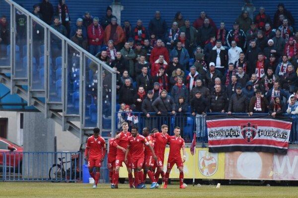 FK Senica v zápase so Spartakom