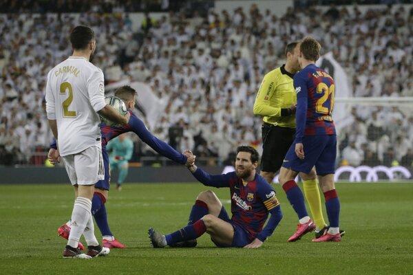 Momentka zo zápasu Real Madrid - FC Barcelona.