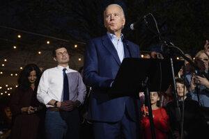 Pete Buttigieg a Joe Biden.
