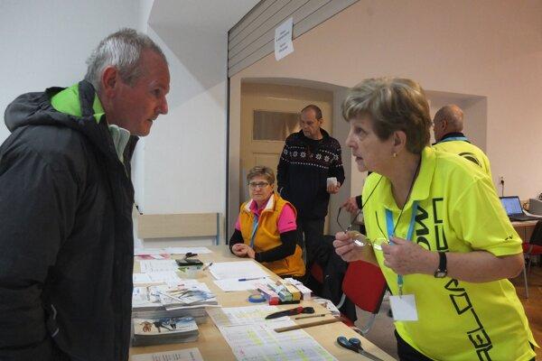 V piatok popoludní pokračovala registrácia účastníkov Bielej stopy v Kremnici naplno.