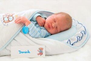 Dominik Vážan z Lazian sa narodil 27.2. v Bojniciach