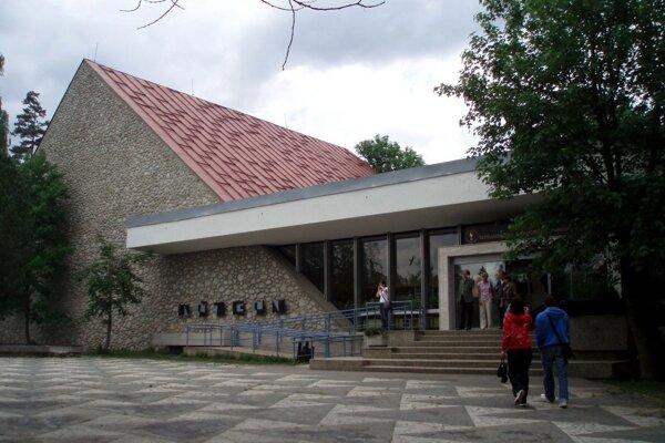 Múzeum Tatranakého národného parku v Tatranskej Lomnici.
