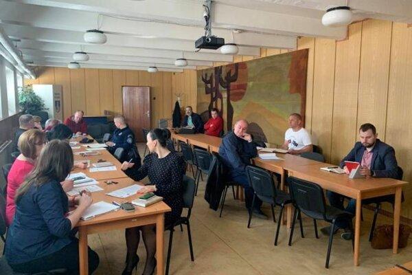 Zasadnutie krízového štábu z 10. marca.