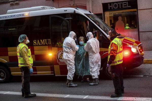 Záchranári v Madride.