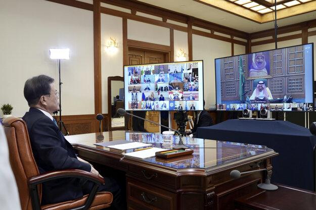 Juhokórejský prezident Mun Če-in počas videosamitu lídrov G20.