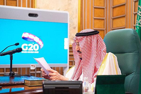 Saudskoarabský kráľ Salmán bin Abd al-Azíz počas mimoriadneho videosummitu skupiny G20.