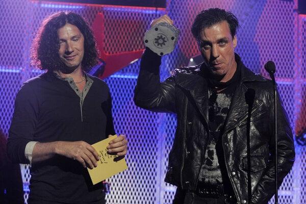 Till Lindemann (vpravo)