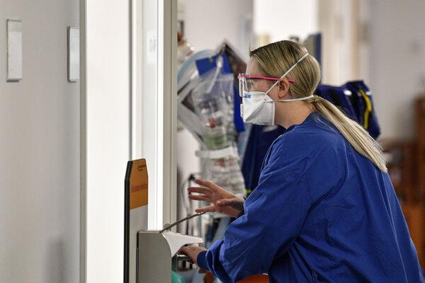 Počet nakazených koronavírusom presiahol v Nemecku 91-tisíc