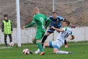 Opostup do druhej ligy sa mali pobiť najmä Prešov aLipany. Vzávese číhali Vranov aHumenné.