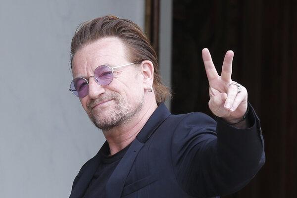 Írsky spevák skupiny U2 Bono.