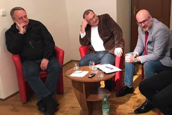 Zľava M. Murajda, T. Koziak, M. Kaliňák.