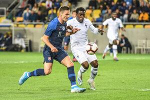 Ľubomír Tupta je gólový tromf súčasnej 21-tky. Presadil sa aj proti superfavoritovi kvalifikačnej skupiny z Francúzska.