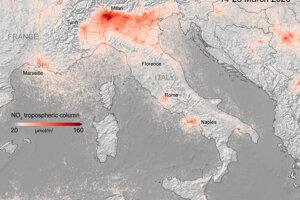 Priemerné koncentrácie oxidu dusičitého nad Talianskom v marci 2020. Prísne karanténne opatrenia v krajine platia od 10. marca 2020.