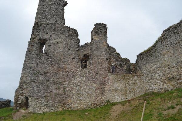 Združenie na záchranu Brekovského hradu pracuje na jeho obnove už niekoľko rokov.