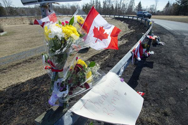 Ozbrojenec prezlečený za policajta vyčíňal 13 hodín v severnej časti Nového Škótska.