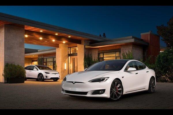Tesla Model S a Model X.