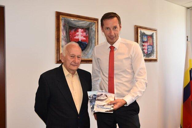 Profesor Karol Gurský v septembri 2018 na návšteve u župana Milana Majerského.