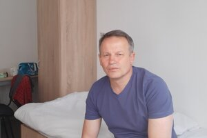 Jozef Božik na izbe v Lešti.