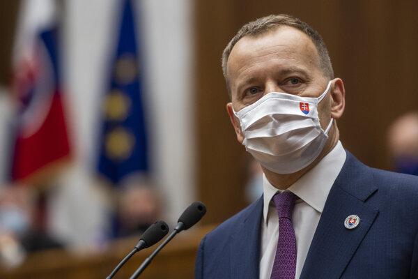 Predseda parlamentu Boris Kollár (Sme rodina).
