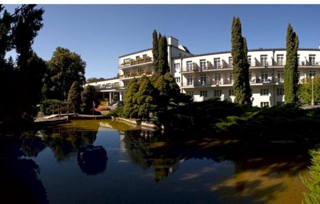 Riaditeľ a predseda predstavenstva Jozef Udič zaviedol v hoteli počas niekoľkých hodín výnimočný režim avpriebehu dňa prijali prvých 143 repatriantov v súvislosti s ochorením COVID-19 spôsobeným koronavírusom SARS-CoV-2.