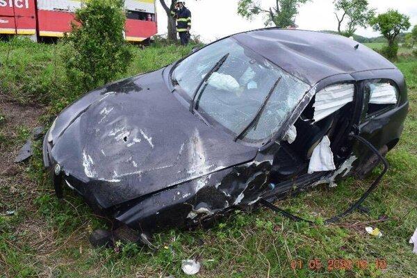 Vodič z Bátoviec podľahol zraneniam.