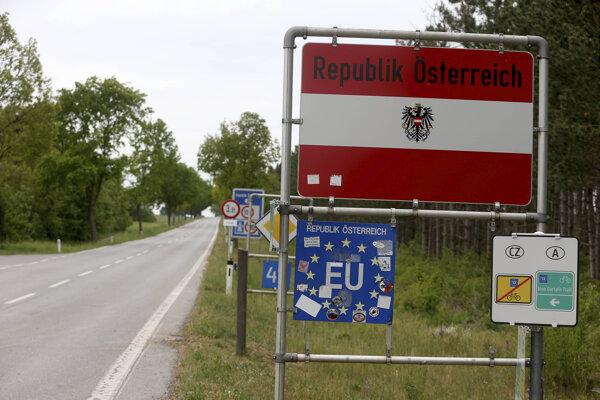 Aj do Rakúska bude možné ísť od stredy na 48 hodín bez negatívneho testu a povinnej karantény pri návrate. Ilustračná fotografia.