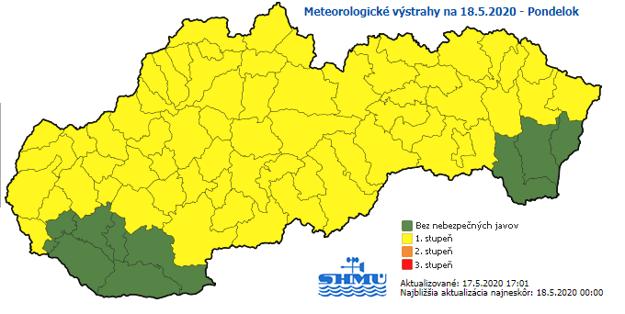 Žltou farbou sú označené okresy s výstrahou.