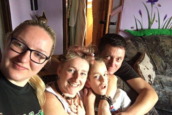 Barborka v kruhu milujúcej rodiny.