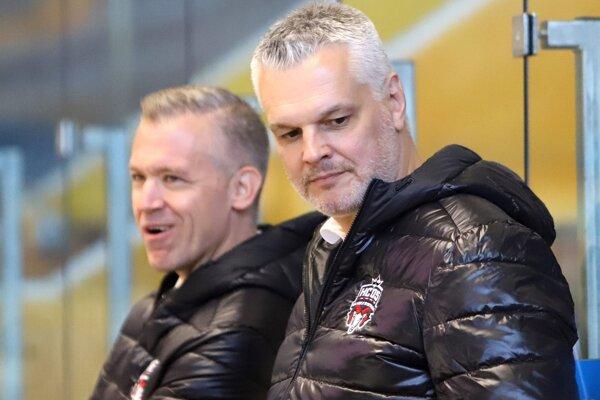 Ivan Droppa v uplynulých dvoch sezónach spolupracoval v Banskej Bystrici s Danom Cenanom (v pozadí).