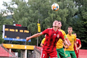 Banská Bystrica sa pri snahe o postup do Fortuna ligy opiera aj o skúsenosti Blažeja Vaščáka (vpredu).