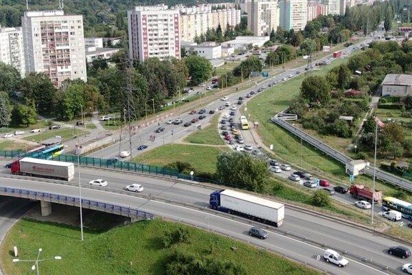 Slanecká patrí dlhodobo medzi najproblémovejšie úseky ciest na území Košíc.