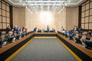 Atmosféra počas rokovania 22. schôdze vlády SR. Bratislava, 27. máj 2020.