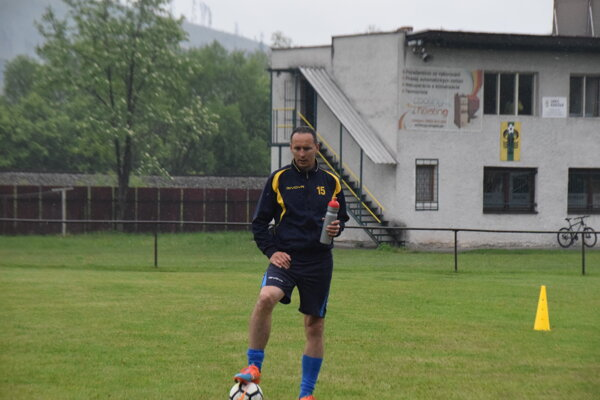 Jozef Guži na tréningu Polomu Raková.