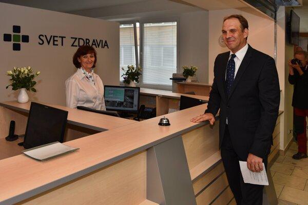 Anton Hanušín pôsobil aj ako riaditeľ Nemocnice Svet zdravia v Spišskej Novej Vsi.