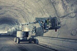 Sekundárne ostenie tunela, ktoré predstavuje jeho finálnu železobetónovú úpravu, je ukončené.