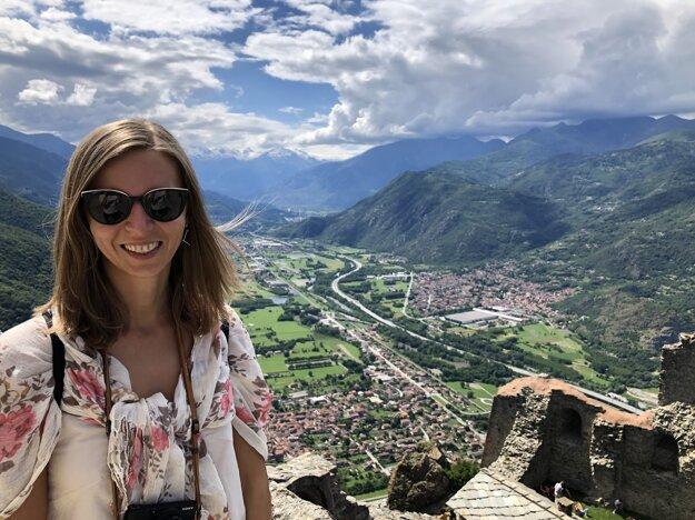 Výhľad na Alpy zo Sacra di San Michele