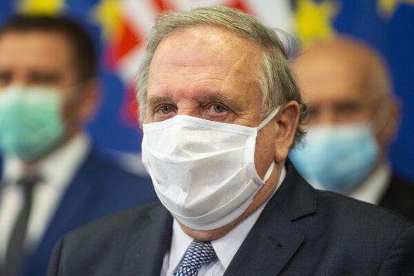 Predseda Slovenskej obchodnej a priemyselnej komory Peter Mihók.