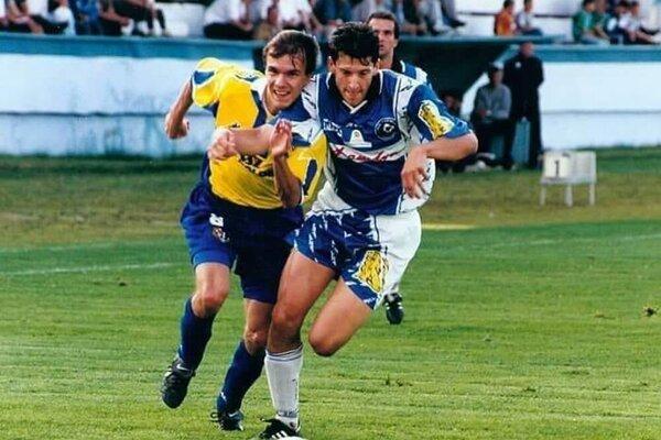 Marián Čišovský (vpravo) je jeden z najslávnejších odchovancov futbalu v Humennom.